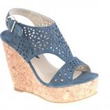 niebieskie sandały CCC na koturnie - wiosna-lato 2012