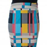 ołówkowa spódnica Grey Wolf w geometryczne wzory - moda na jesień i zimą