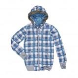 Orginalna niebieska kurtka Cropp w kratkę trendy na jesień-zimę