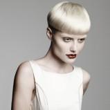 oryginalna fryzura grzybek  - modne cięcia