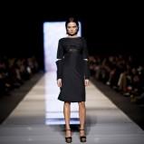 oryginalna sukienka w kolorze czarnym - Agata Wojtkiewicz