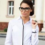 Piękna biała koszula Heppin dopasowana trendy na jesień-zimę