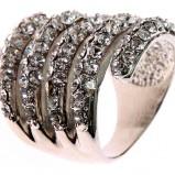 Piękny srebrny pierścionek Tally Weijl z kamyczkami jesień-zima 2012/2013