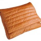 pikowana kopertówka Zouza w kolorze brązowym