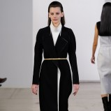 płaszcz Calvin Klein w kolorze czarnym - moda na jesień i zimę 2013/14