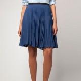 plisowana spódnica Bershka w kolorze granatowym - kolekcja damska 2012/13
