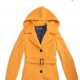 pomarańczowy płaszcz Aryton z paskiem - jesień/zima 2011/2012