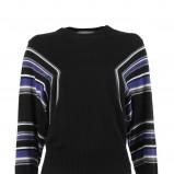 Ponadczasowy czarny sweter Stefanel w paski moda na jesień i zimę 2012/13