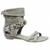 popielate sandały Bata - moda 2011