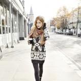 popielaty sweter s.Oliver długie - trendy na jesień-zimę