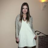 prosta sukienka w kolorze białym - Klaudia Halejcio