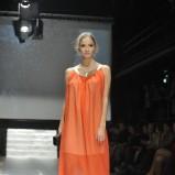 prześwitująca sukienka Plich w kolorze pomarańczowym - moda na wiosnę i lato 2013