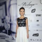 rozkloszowana spódnica w kolorze białym - Dorota Gardias