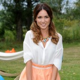 rozkloszowana spódniczka w kolorze jasnoróżowym - Marta Żmuda-Trzebiatowska