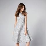 Rozkloszowana sukienka z wzorem