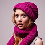 różowa czapka Borko - trendy na jesień