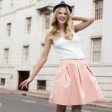 różowa spódnica Reserved - trendy wiosna-lato