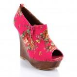 różowe pantofle Fleq.pl w kwiaty na drewnianej koturnie - kolekcja na lato