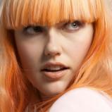Rude włosy z grzywką - ombre