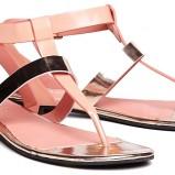 sandałki Reserved w kolorze jasnoróżowym - wiosna 2013