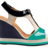 sandały Geox na koturnie - trendy 2012