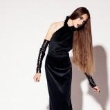 satynowa sukienka wieczorowa Aga Kowala-Surma w kolorze czarnym - kolekcja na jesień i zimę 2012/13