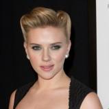 Scarlett Johansson - fryzura retro