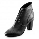 skórzane botki Prima Moda w kolorze czarnym - moda 2013/14