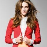 śliczny sweterek Benetton w kolorze czerwonym - lato 2013