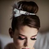 Ślubny makijaż i fryzura w stylu Audrey Hepburn