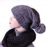 smerfetka - czapka Grey Wolf w kolorze szarym - modne dodatki 2012/13