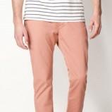 spodnie Bershka w kolorze jasnoróżowym - kolekcja wiosenno/letnia 2013