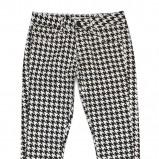spodnie C&A w pepitkę modna klasyka