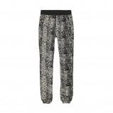 spodnie Cropp we wzorki - moda na lato