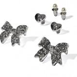 srebrne kolczyki New Yorker - trendy na jesień