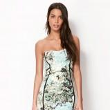 sukienka Bershka w kwiaty - kolekcja wiosenno-letnia