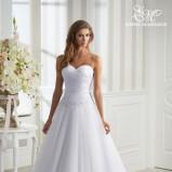 suknia ślubna Emmi Mariage z dekoltem w kształcie serca