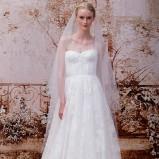 Suknia ślubna fason litera A i bustier
