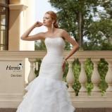 suknia ślubna Herms Bridal z falbanami