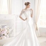 suknia ślubna La Sposa z koronkowam dekoltem