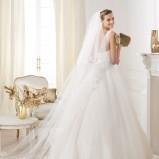 suknia ślubna Pronovias na ramiączkach