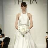 suknia ślubna Theia White