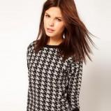sweter Asos w pepitkę modna klasyka