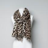 szalik ZARA w panterkę - modne dodatki na jesień i zimę
