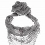 szara chusta Top Secret - trendy jesienne