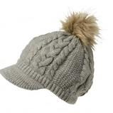 szara czapka Takko Fashion z pomonem - trendy na jesień 2013