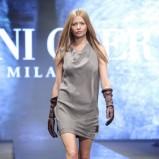 szara sukienka Deni Cler - jesień/zima 2011/2012