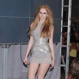 szara sukienka Gosia Baczyńska - moda 2011