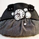 szara torebka Ela Biryło z ozdobami - letnia kolekcja
