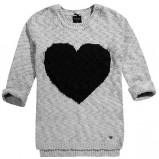 szary sweter Reserved z sercem